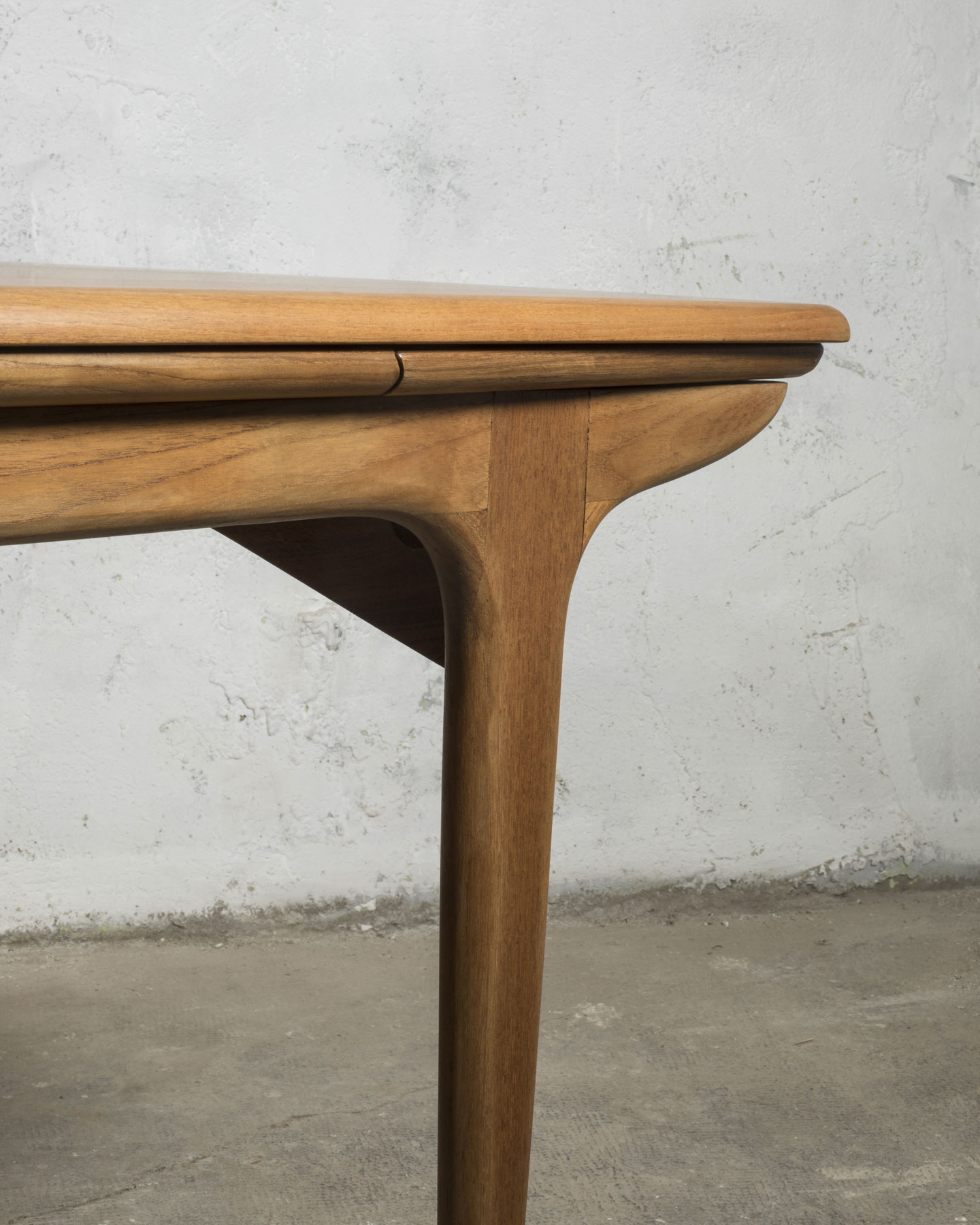 Table scandinave avec rallonge